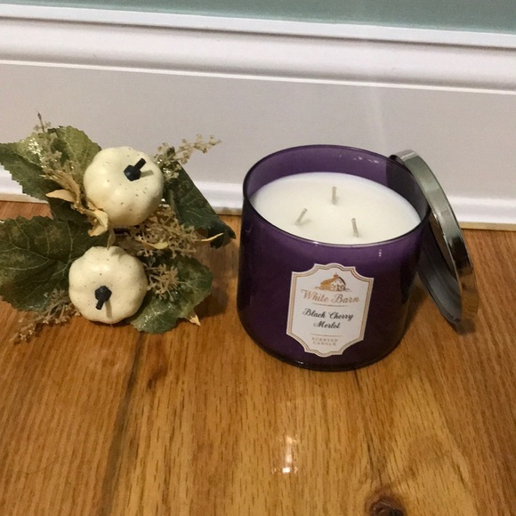 Other - White barn candle